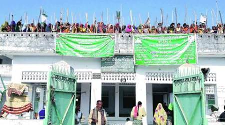 BKU workers holed up in Dharamshala: Kanpur DM assures 'no action', SSP says 'won't let them goscot-free'