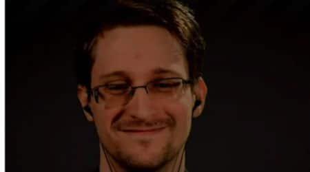 Snowden sends strong anti-surveillance message toTrump