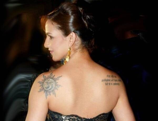 esha-deol-tattoo