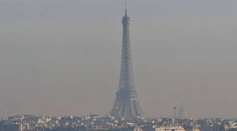 paris, paris pollution, paris public transport, paris free public transport, paris public transport, paris pollution crisis, paris news, world news