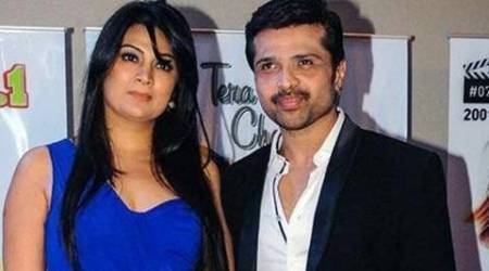 Himesh Reshammiya ends 22-year marriage with wife Komal, files for divorce