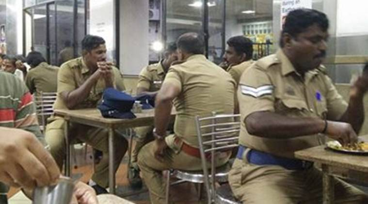 jayalalithaa, jayalalithaa funeral, chennai, chennai police, the hindu, the hindu canteen police, hindu chennai office canteen police, jayalalithaa news, jayalalithaa death, latest news, viral news, indian express