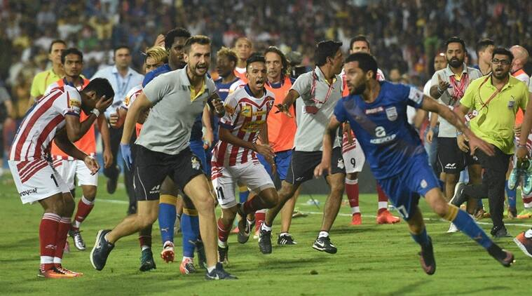 Indian Super League, ISL, ISL 2016, ISL indiscipline, ISL discipline, ISL red cards, ISL yellow cards, ISL referee, indian football, football news, sports news
