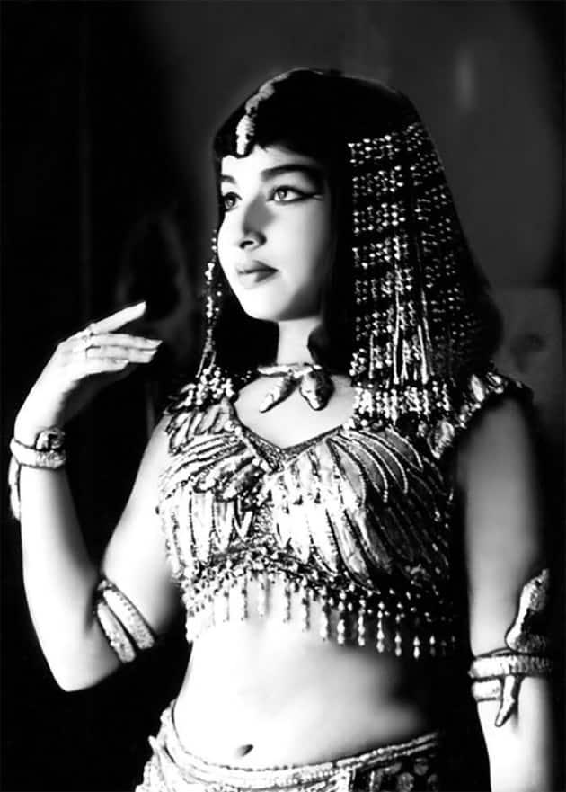 Jayalalithaa films, Jayalalithaa pics, Jayalalithaa movies,