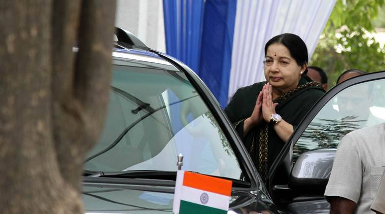 Tamil Nadu leader Jayalalitha suffers heart attack