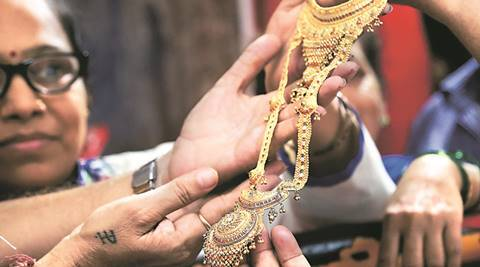 Budget 2017: Get ready to pay 1% TCS when buying jewellery with cash over Rs 2 lakhs