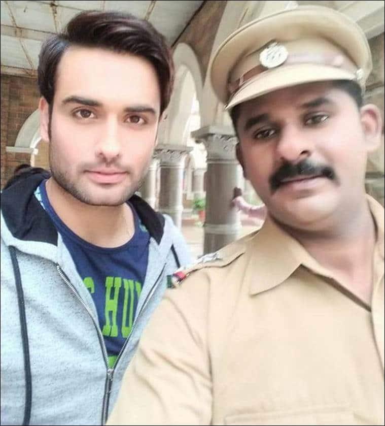 Crime Patrol actor Kamlesh Pandey shoots himself