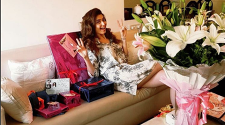 Karishma Tanna celebrates birthday with her friends, see pics