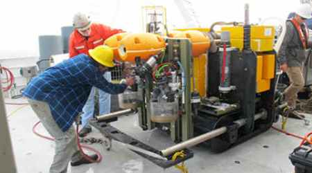 Robotic seafloor crawler sets world record while collecting climate data