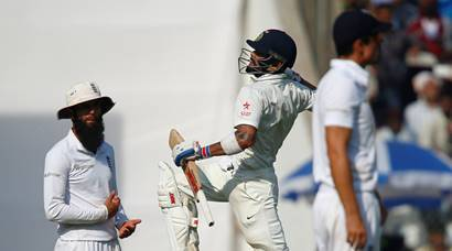 Virat Kohli-show spearheads India in Mumbai