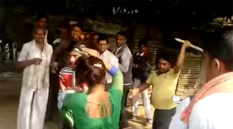 mainpuri, mainpuri woman, mainpuri woman assaulted, woman assaulted in mainpuri, mainpuri assault video, mainpuri news, uttar pradesh news