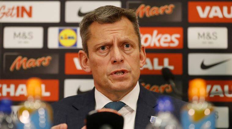 English Fa Chief Executive Martin Glenn Resigns