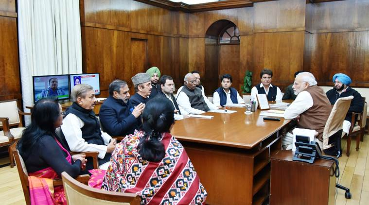 rahul gandhi, rahul gandhi meets modi, congress leaders meet modi, pm modi, modi news, congress meets modi, rahul gandhi modi, modi rahul, demonetisation, india news