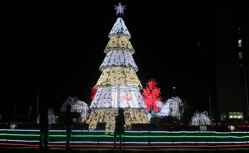 Christmas, Christmas 2016, merry christmas, x mas, x mas 2016, Merry Christmas 2016, Christmas celebrations, Christmas celebrations photos, Christmas photos, Christmas vatican, Christmas pictures, India Christmas, Pakistan Christmas, Iraq Christmas, china Christmas, indian express,