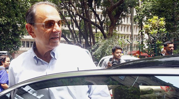 NRI industrialist Nusli Wadia to depose as a witness in a 25-year-old case of murder attempt on him at sessions court Mumbai. Express Photo by Ganesh Shirsekar. 06.07.2015. Mumbai.