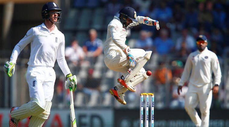 India vs England, ind vs Eng, Ind vs Eng third test, India England Mumbai Test, Parthiv Patel, MS Dhoni, India England Test video, cricket news, sports news