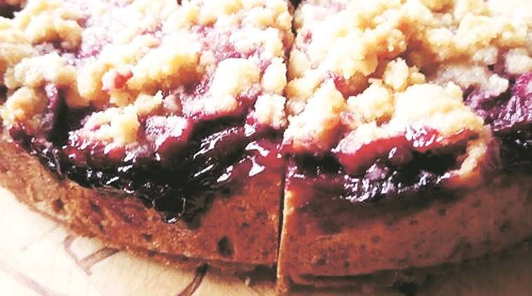 plum cake, cranberry apple walnut gujia, mulled wine, christmas, christmas recipes, christmas food, recipes from christmas food, holiday season, christmas holiday, indian express, india news