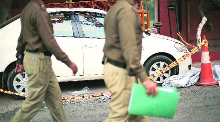 malviya nagar news, south delhi robbery news, delhi news, indian express news