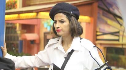 Bigg Boss 10 December 7 highlights: Priyanka Jagga plays dirty, spits on Rohan