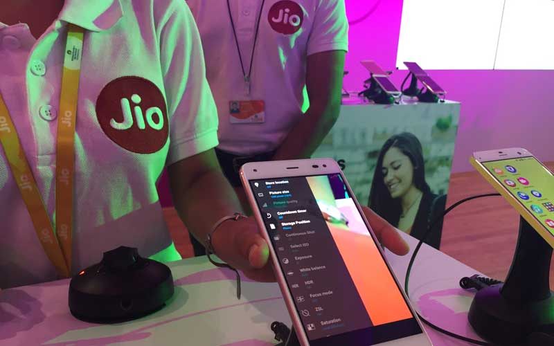 Reliance Jio Free Services Now Till March 31 2017 Here Are