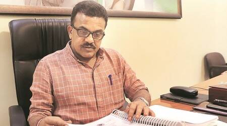 Sanjay Nirupam calls Karnataka Governor Vala 'loyal dog', Congress distances itself from remark