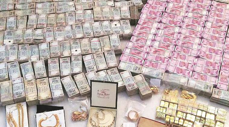 ludhiana, ludhiana cash seized, jeweller cash seized, jewellery shop unaccounted cash, ludhiana it raid, jewellery it raid, income tax raid, india news, khanna jewellers