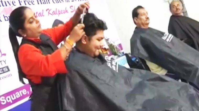 Surat Based Hairdresser Sets The Guinness Record Most Haircuts In 24