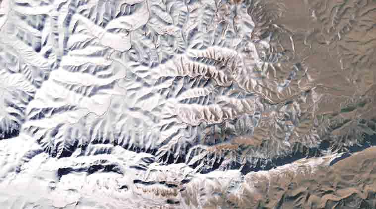saudi, saudi snow, saudi snowfall, saudi snowmen, snow in saui, saudi temperature, saudi news, saudi climate, world news