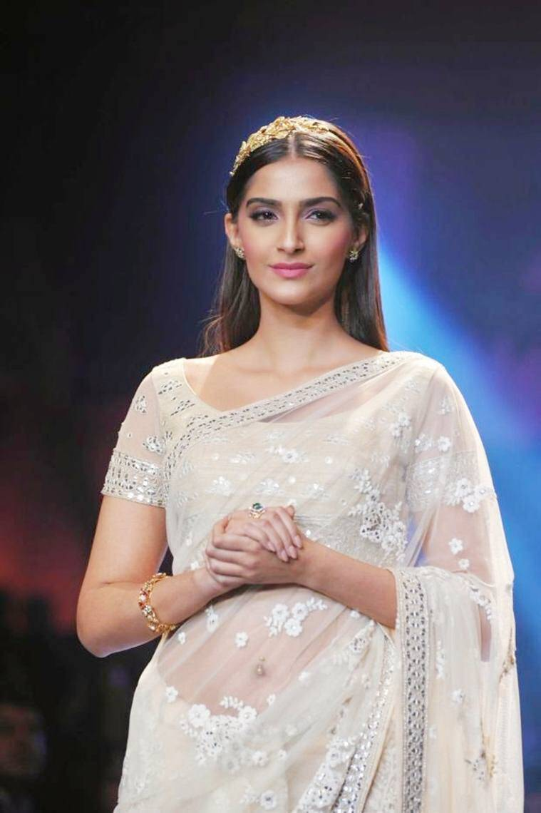 sonam kapoor photos: 50 rare hd photos of sonam kapoor | the indian