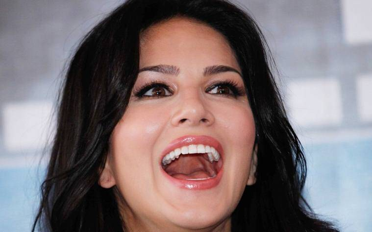 Sunny Leone Laughing Face Wallpaper