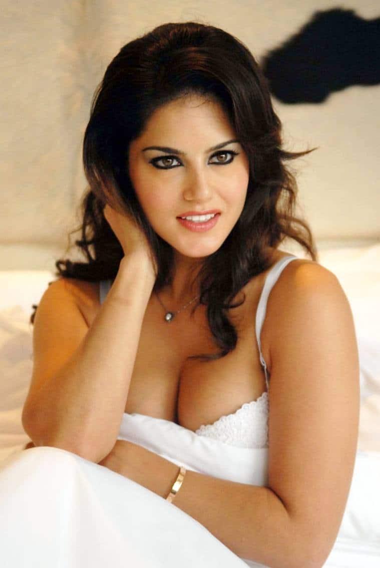image Kiara mia busty latina milf