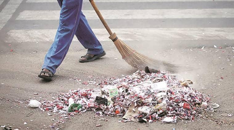 swachh bharat abhiyan, swachh bharat mass movement, PM Modi swachh bharat,Parameswaran Iyer, Jamshedpur, Jharkhand cleanliness, Chief Minister Raghubar Das, indian express news