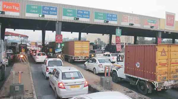 demonetisation, toll, toll tax, toll collection stopped, toll coupons, rs 5, rs 100, rs 5-rs 100 coupons, india news, indian express news