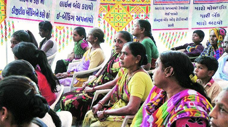 demonetisation, Prathampura village, savli taluka, gujarat demonetisation, vadodara, vadodara cash crunch, vadodara demonetisation, workers gujarat, gujarat news, indian express, india news