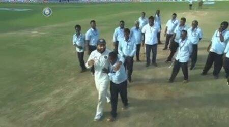 ind vs eng, india vs england fifth test, india vs england chennai, murali vijay, vijay, vijay chepauk, chepauk stadium, chepauk groundstaff, india vs england chepauk, cyclone vardah, vardah, chennai cyclone, cricket, sports