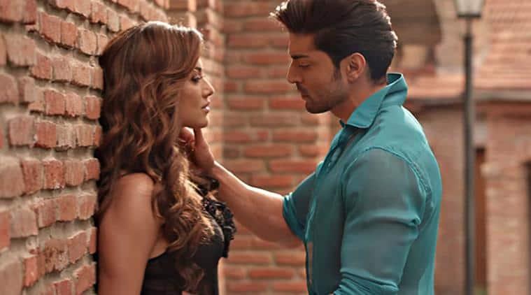 wajah tum ho movie review, wajah tum ho review, wajah tum ho, Sana Khan, Gurmeet Choudhary, Sharman Joshi, Wajah Tum Ho image