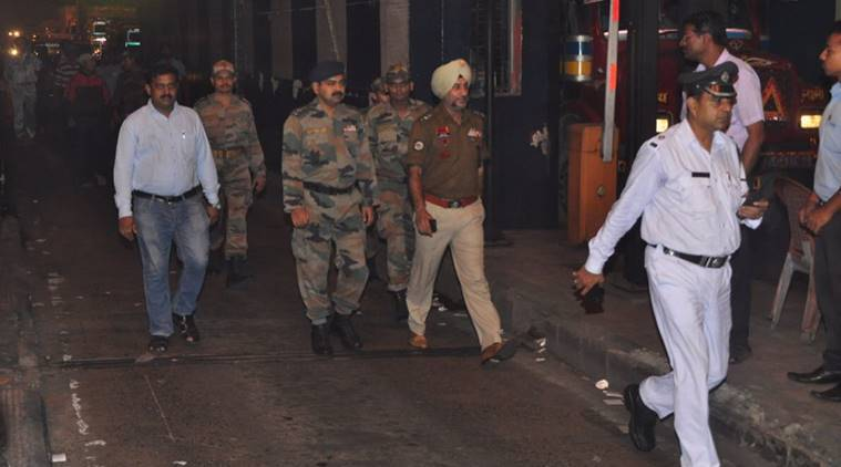 Unrelenting Mamata Banerjee goes home only after army returns to barracks
