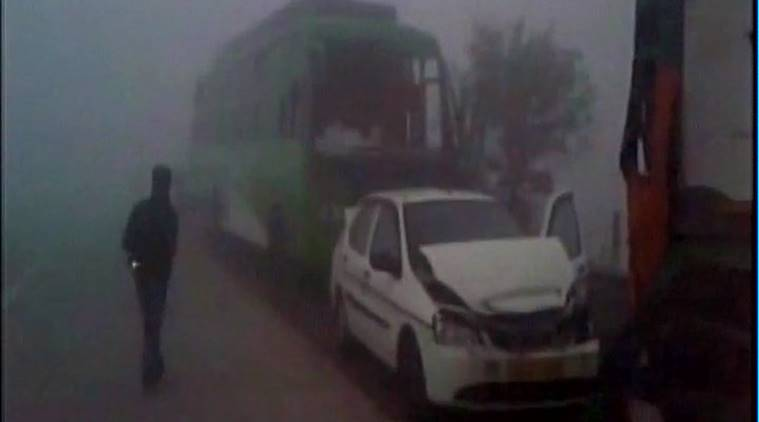 Yamuna Expressway, Yamuna Expressway highway, Yamuna Expressway accident, dense fog casualties, fog, Delhi, Noida, Greater Noida, highway accident, indian express news