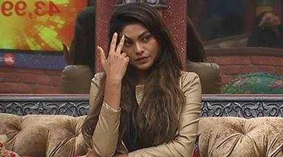 Bigg Boss 10 January 23 highlights: Lopamudra breaks rules, calls Bigg Boss names