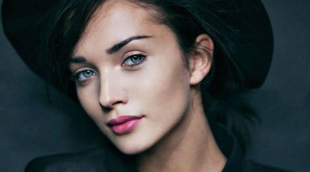 Amy Jackson Private Photos Leaked amy jackson's phone hacked, personal pictures leaked