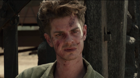 Andrew Garfield embracing the Oscar hype around Hacksaw Ridge
