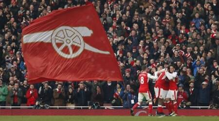 Arsenal win thriller with last-gasp penalty