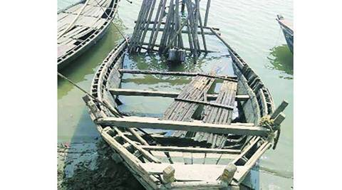 bihar, bihar boat tragedy, boat tragedy, bihar government, nitish kumar, ferry tragedy, water transport, water transport safety, ,boat capsizes in Patna, patna boat tragedy, indian express editorial, india news
