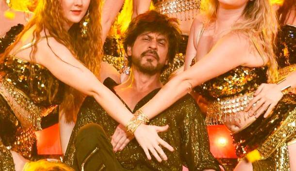Stardust Awards 2016, Stardust Awards 2016 pics, Stardust Awards 2016 performances, Iulia Vantur, Iulia Vantur pics, Iulia Vantur images, shah rukh khan, Parineeti Chopra, Parineeti Chopra pics, Parineeti Chopra images, Jacqueline Fernandez, Jacqueline Fernandez images, Jacqueline Fernandez pics, ranbir kapoor, stardust pics, stardust awards, entertainment news, indian express, colors, indian express news