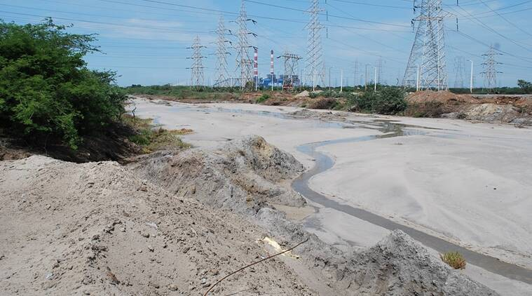 Ill-maintained pipelines that cross the Ennore creek constantly leak high concentrate ash slurry into the creek, replacing the river mud with fly ash.