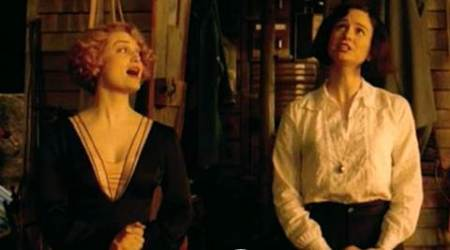 Fantastic Beasts deleted scene: Tina and Queenie sing Ilvermorny anthem. Is it better than Hogwarts?