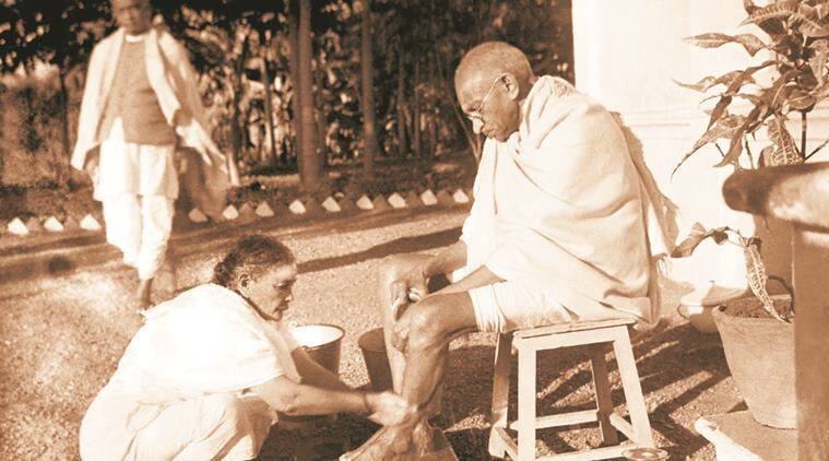 Kanu Gandhi, Mahatma gandhi, gandhi exhibition, mahatma gandhi pictures, photo exhibition, Jehangir Nicholson Gallery,  delhi, indian express talk