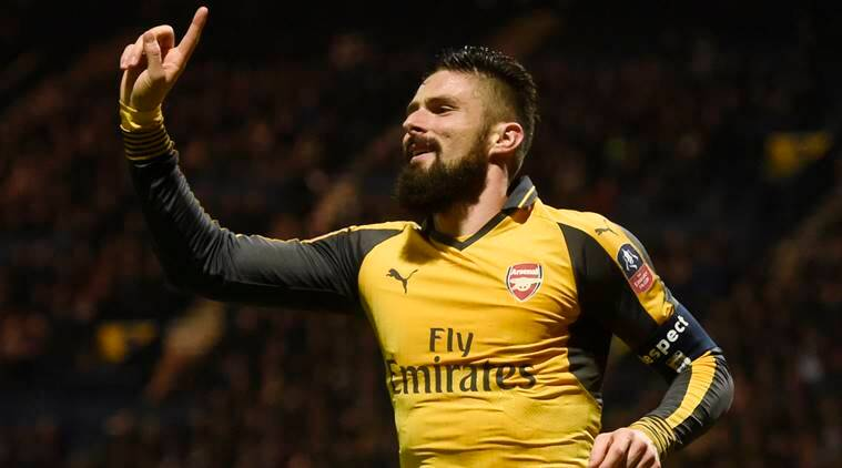 newest collection 02717 a6db3 Three Arsenal players, including Olivier Giroud, pen new ...