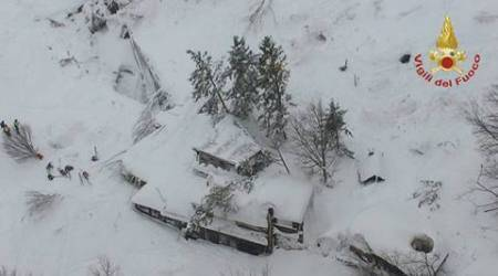 Italy earthquake: At least 30 feared dead in avalanche-hit hotel