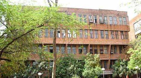 JNUSU rejects proposal to install CCTVs at hostel gates